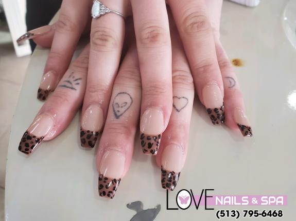 3 impressive nail designs that you should refer to   Nail salon 45069